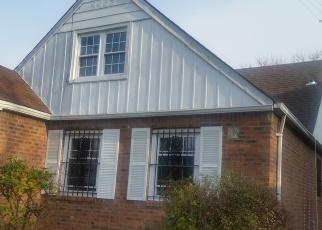Casa en ejecución hipotecaria in Saint Albans, NY, 11412,  FONDA AVE ID: P1244836