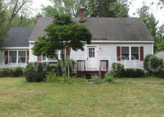 Casa en ejecución hipotecaria in Glenmont, NY, 12077,  VAGELE LN ID: P1244985