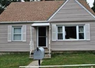 Foreclosed Home in WESTCHESTER AVE, Peekskill, NY - 10566