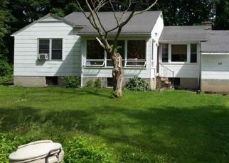 Foreclosed Home en WILLIAM ST, Lake Peekskill, NY - 10537
