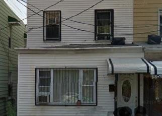Foreclosed Home en 35TH AVE, Corona, NY - 11368