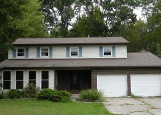 Foreclosed Home en FOX RD, Binghamton, NY - 13905