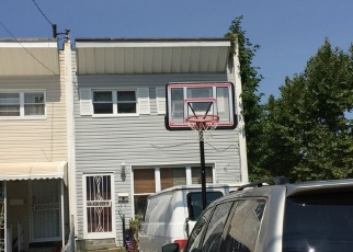 Foreclosed Home en SCHURZ AVE, Bronx, NY - 10465