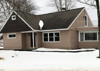 Foreclosed Home en HAVEN LN, Cohoes, NY - 12047