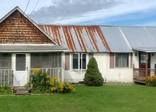 Foreclosed Home en PARK AVE, Ticonderoga, NY - 12883
