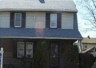 Casa en ejecución hipotecaria in Roosevelt, NY, 11575,  PLEASANT AVE ID: P1246574