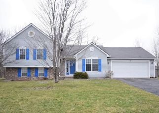 Foreclosed Home en EASTVIEW COMMONS RD, Rochester, NY - 14624
