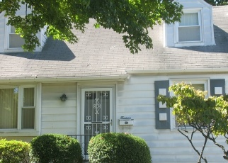 Foreclosed Home en CANTITOE RD, Yonkers, NY - 10710