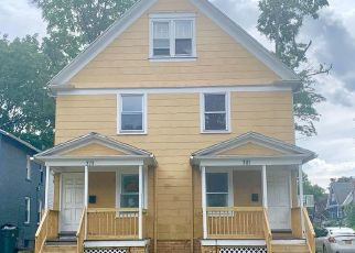 Foreclosed Home en FLINT ST, Rochester, NY - 14611
