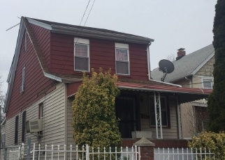 Foreclosed Home en 104TH AVE, Queens Village, NY - 11429