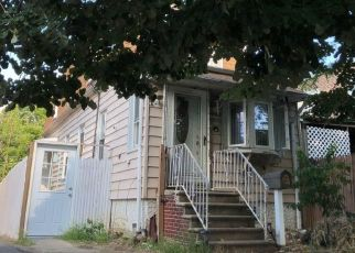 Foreclosed Home en 65TH ST, Woodside, NY - 11377
