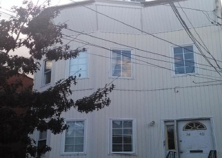 Foreclosed Home en 107TH ST, Corona, NY - 11368
