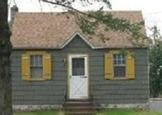 Foreclosed Home in N ARIZONA RD, West Babylon, NY - 11704