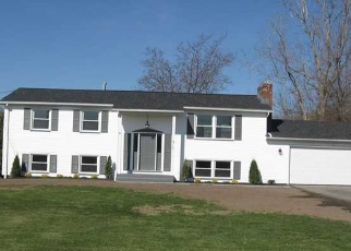 Foreclosed Home en NORTH AVE, Hilton, NY - 14468