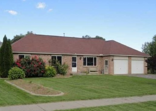Foreclosed Home en WHISTLERS COVE LN, Rochester, NY - 14612