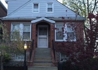 Foreclosed Home en BAISLEY AVE, Bronx, NY - 10461