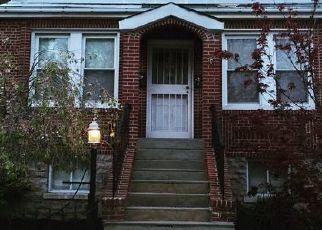 Foreclosed Home en BAISLEY AVE, Bronx, NY - 10461
