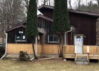 Foreclosed Home en W WHITCOMB HILL RD, Barton, NY - 13734