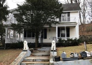 Foreclosed Home en WHITE ST, Highland, NY - 12528