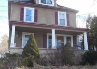 Foreclosed Home en CHURCH ST, Hagaman, NY - 12086