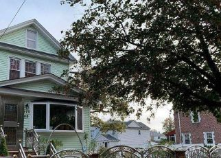 Foreclosed Home en 111TH AVE, Jamaica, NY - 11433