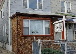 Foreclosed Home en 56TH AVE, Elmhurst, NY - 11373