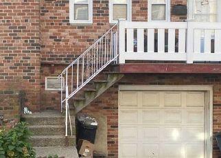 Foreclosed Home en SEAGIRT BLVD, Far Rockaway, NY - 11691
