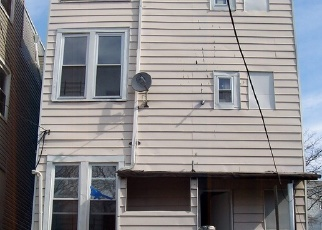 Foreclosed Home en ELM ST, Yonkers, NY - 10701