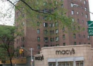 Casa en ejecución hipotecaria in Bronx, NY, 10462,  SAINT RAYMOND AVE ID: P1249353