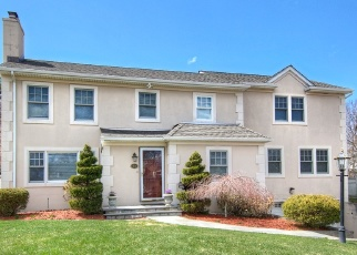 Foreclosed Home in FRANCIS LN, Port Chester, NY - 10573
