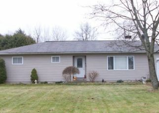 Foreclosed Home in OVERHILL DR, Rome, NY - 13440