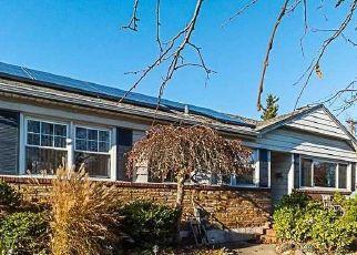 Foreclosed Home in PENINSULA BLVD, Lynbrook, NY - 11563