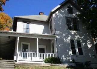 Foreclosed Home en LOOMIS ST, Little Falls, NY - 13365