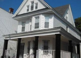 Foreclosed Home en GUY R BREWER BLVD, Jamaica, NY - 11433