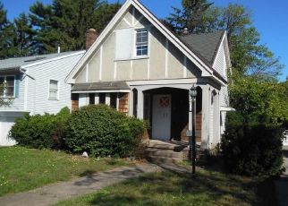 Foreclosed Home en MOSLEY RD, Rochester, NY - 14616