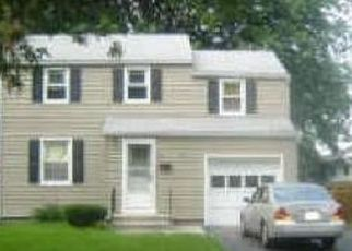 Foreclosed Home en ATLANTIC AVE, Rochester, NY - 14609