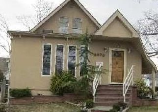 Foreclosed Home in PINE ST, Baldwin, NY - 11510