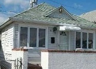 Foreclosed Home en WYOMING AVE, Long Beach, NY - 11561