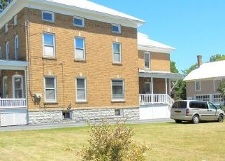 Foreclosed Home en ELM ST, Lowville, NY - 13367