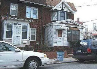 Foreclosed Home en 95TH ST, Woodhaven, NY - 11421