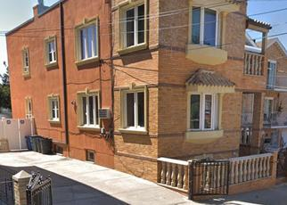 Foreclosed Home en 75TH ST, East Elmhurst, NY - 11370