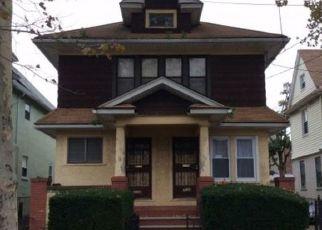 Foreclosed Home en E 40TH ST, Brooklyn, NY - 11210