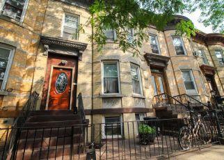 Foreclosed Home en MOFFAT ST, Brooklyn, NY - 11207