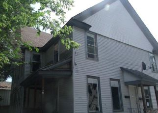 Foreclosed Home en PROSPECT PL, Gloversville, NY - 12078