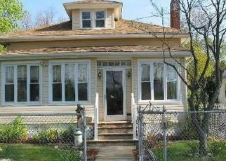 Foreclosed Home in ALLEN PL, Baldwin, NY - 11510
