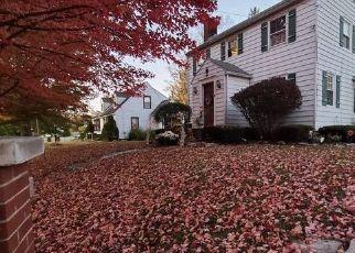 Foreclosed Home en MAPLE AVE, Canajoharie, NY - 13317