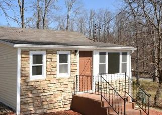 Foreclosed Home en THORNWOOD RD, Carmel, NY - 10512