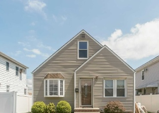 Foreclosed Home in ROBERT AVE, Elmont, NY - 11003