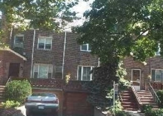 Foreclosed Home en 75TH ST, Jackson Heights, NY - 11372