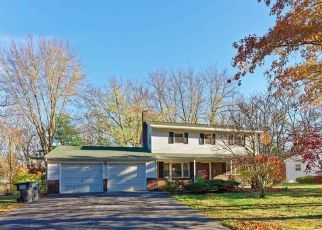 Foreclosed Home in APPLETREE LN, Clifton Park, NY - 12065